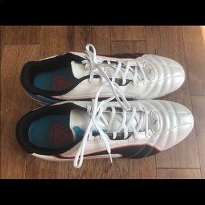 Puma shoes great condition - 12 men's